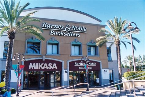 Barnes Nobel Com The Growing Influence Of Non Traditional Book Sales