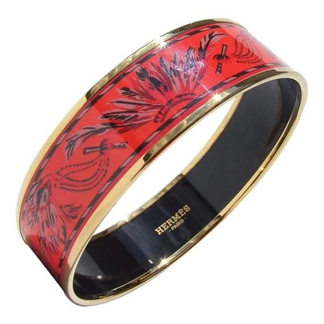 Hermes Enamel Printed Bracelet Brazil Feathers Coral Gold Hdw GM 70 at 1stdibs