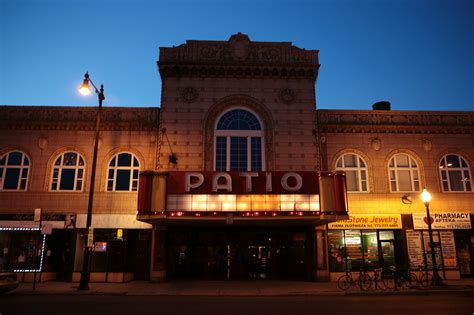 Patio Theatre Chicago by Chicago S Patio Theater For Sale Sun Sentinel