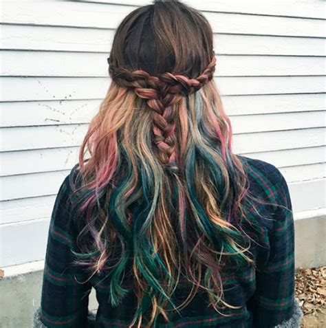 pictures of multicolor highlights best 25 rainbow hair highlights ideas on pinterest