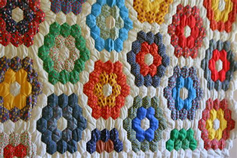 Grandmother S Flower Garden Quilt Pattern Rosebud Quilting Grandmother S Flower Garden Quilts
