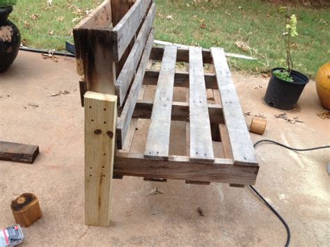 how to make a pallet bench 5 easy steps to turn a pallet into an outdoor patio bench