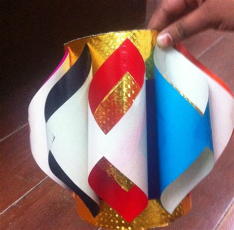 How To Make Lantern With Paper For Diwali - make diwali paper lanterns or aaakash kandil at home diy