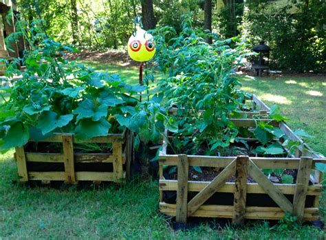 diy pallet garden bed diy pallet raised garden bed diy craft projects