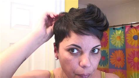 how to style hair that is in its awkward stage for men how to style your hair like halle berry quot spiky pixie