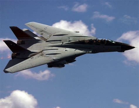 tom hughes vapor trail grumman f 14 tomcat swing wing carrierborne fleet defense