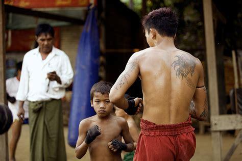 born warriors documentary born warriors a journey inside myanmar s ancient fighting