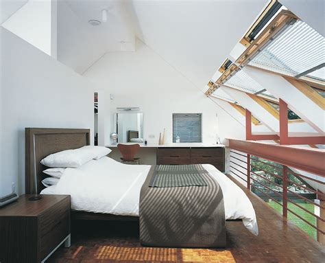 turning a loft into a bedroom ispirazione camera da letto mansarda it
