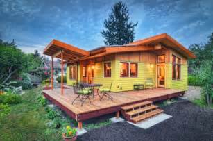 Small Home Nation Milanese On Quot Tiny House Nation Quot Tv Show Milanese
