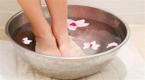 get rid of dead skin on with home remedies