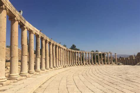 places  visit  jordan     joyful trip