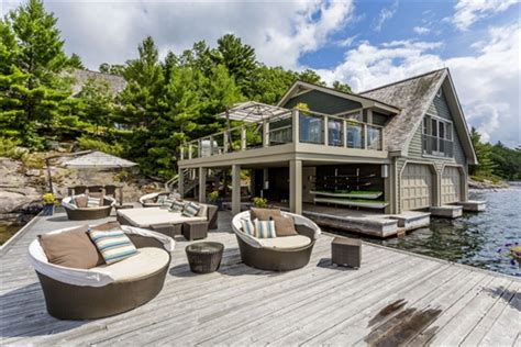 muskoka now htons of the north for luxury cottage