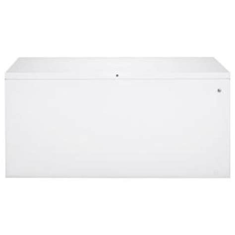 ge 24 9 cu ft chest freezer in white fcm25sbww the