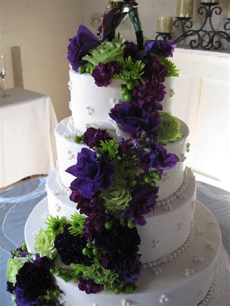 Hochzeitstorte Lila Blumen by Green And Purple Cake Flowers Stadium Flowers