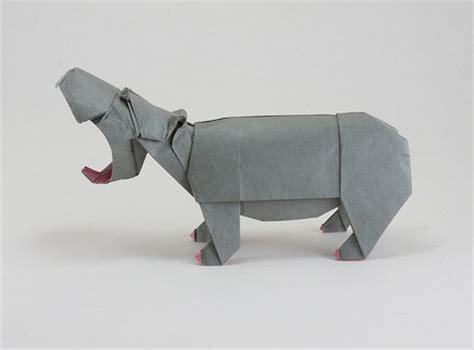 Origami Hippo - origami animals