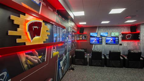 basketball locker room wisconsin basketball locker room thysse