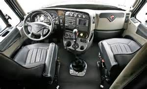 18 Wheeler Truck Interior Accessories How To Drive An 18 Speed Semi Truck