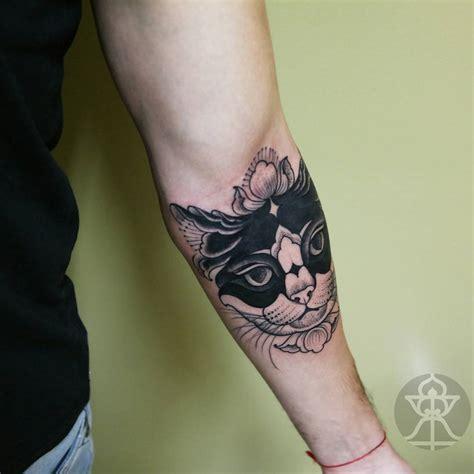 tattoo cat arm cat tattoo on arm best tattoo ideas gallery