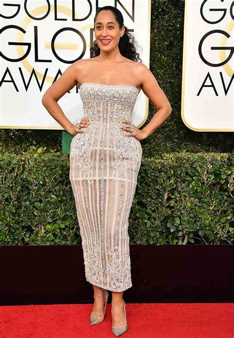 The Globe Dress the 10 best golden globe dresses of 2017 purewow