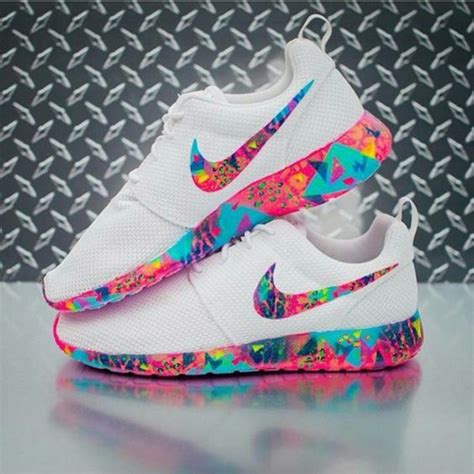 nike roshe run colors shoes chaussures de course roshe et chaussures blanches