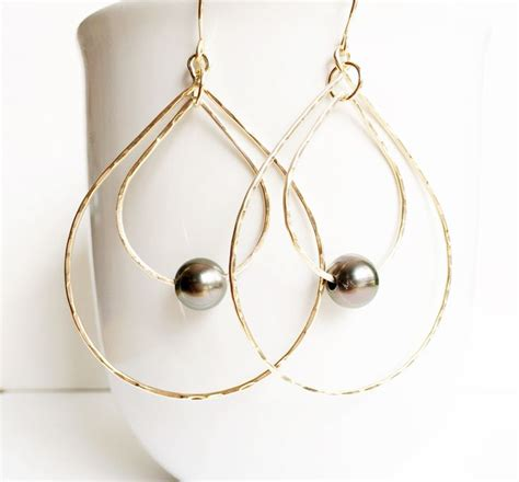 Best 25 Pearls Ideas On Pearl Pearl Earrings by Best 25 Tahitian Pearl Earrings Ideas On