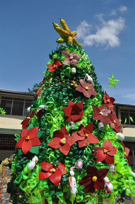images of christmas tree using recycled materials christmas decorations made up of recycled materials