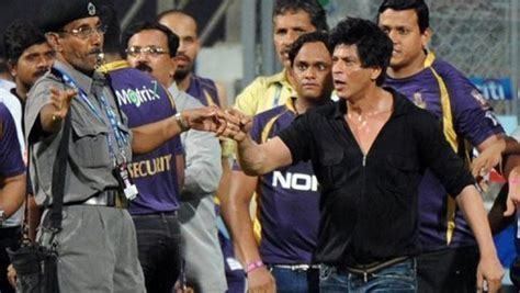 gl ang kkr team image shahrukh khan not allowed in wankhede for mumbai indians