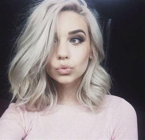 what is the best hairstyle for a 62 year old female with very fine grey hair best 25 shoulder length haircuts ideas on pinterest