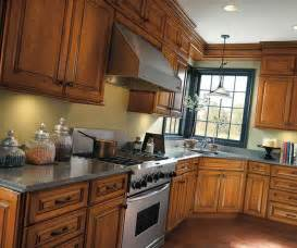 traditional cherry kitchen cabinets diamond cabinetry