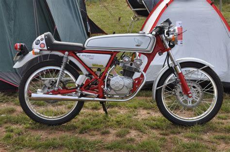 honda dream 1998 honda dream 50 classic motorcycle pictures