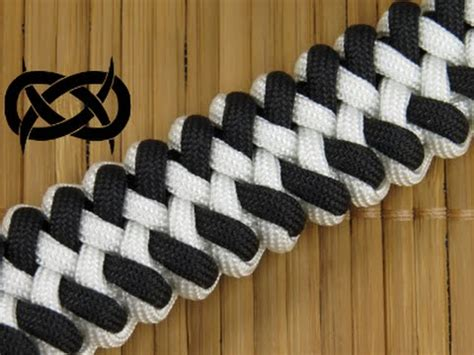 How to make an Orca Jaw Bone Paracord Bracelet   YouTube