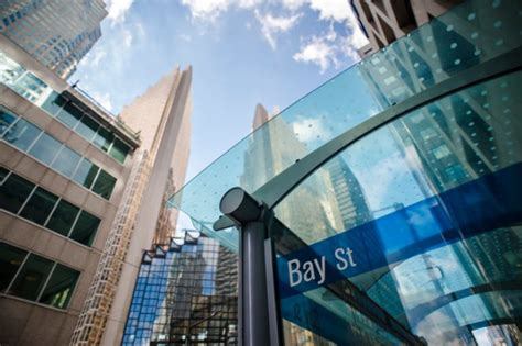 list of investment banks in toronto canada wall str five reasons financial services professionals should move