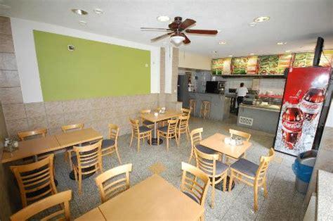 restaurant rosenbergstr stuttgart restaurants pr 232 s de il pomodoro au silberburgstr 72 224