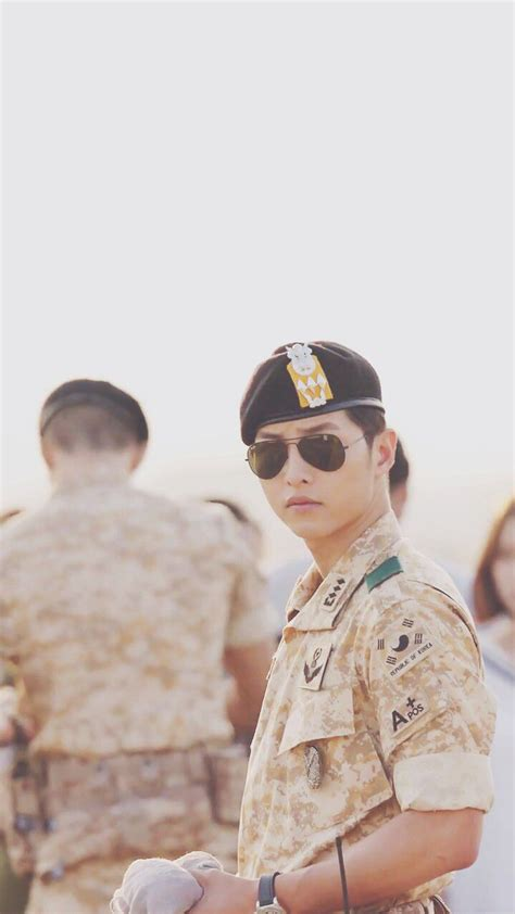 021bfc Softcase Soldier Dots Descendants Of The Sun Iphone6 song joong ki 2016 descendants of the sun song joong ki sun songs and the sun