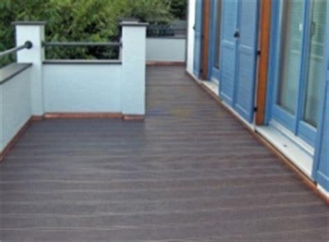 pavimento in plastica per esterni pavimenti per esterni in plastica che sembra legno
