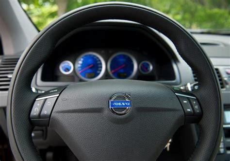 listini auto al volante foto volvo xc90 2012 volante