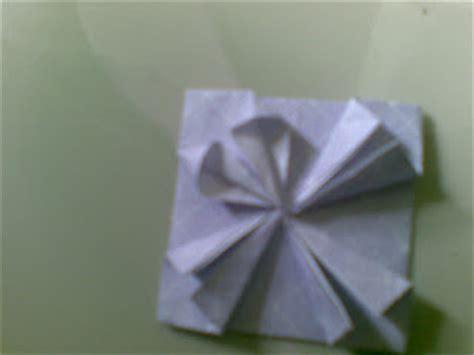 cara membuat origami bunga uang kertas brt cara membuat bentuk bunga menggunakan kertas origami