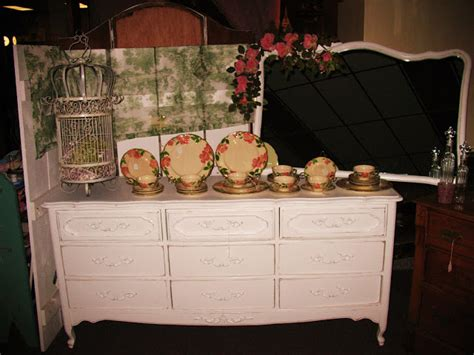 DAIRY FARM ANTIQUES: Quality Farm Items, Decor', Furniture