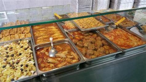 banchi gastronomia banco caldo foto di mille sapori gastronomia loano