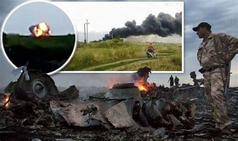 malaysia airlines flight 17 shot down in ukraine how did mh17 malaysia airlines passenger plane crashes near