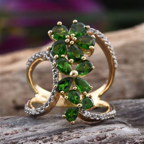 Yellow Topaz 5 89 Cts 71 best russian diopside jewelry images on