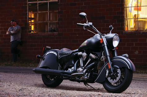 2012 Indian Chief Dark Horse Review   Gallery   Top Speed