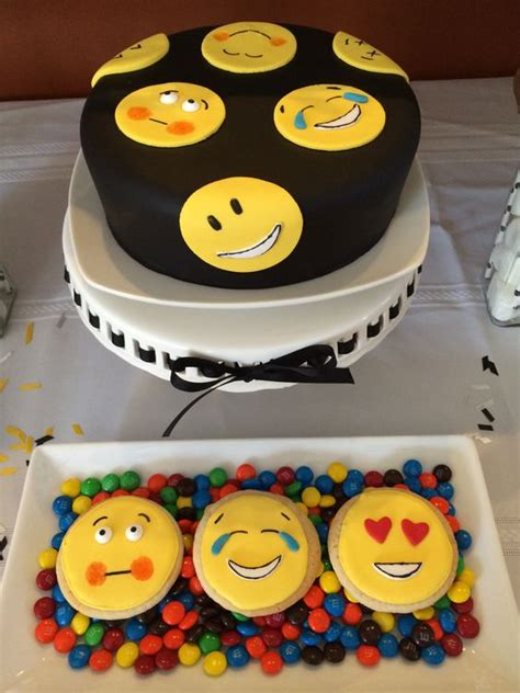 emoji birthday cake emoji cake emoji pinterest emoji cake birthdays