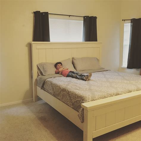 farmhouse king bed ana white king farmhouse bed diy projects