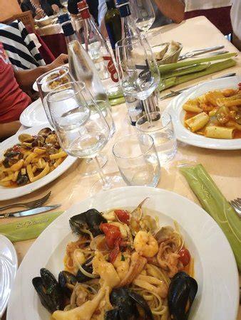 ristorante pesce pavia ristorante piedigrotta in pavia con cucina pesce
