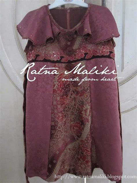 High Quality Exclusive Kemeja Batik Lengan Pendek Dobel Cap Abu 1 gaun batik untuk balita