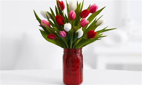 Proflowers Free Vase And Shipping by Sweetheart Tulips And Vase Proflowers Groupon