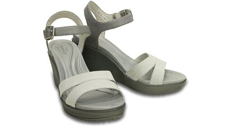 crocs womens leigh ii ankle wedge sandal