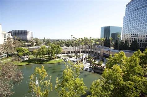 avenue   arts costa mesa  tribute portfolio hotel