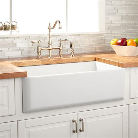 """33"""" Grigham Reversible Farmhouse Sink   White   Kitchen"""